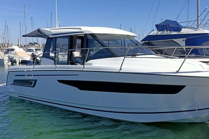 Jeanneau Merry Fisher 895 for sale in France for €98,000 (£84,121)