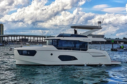 Absolute NAVETTA 48 for sale in United States of America for $1,499,999 (£1,075,337)