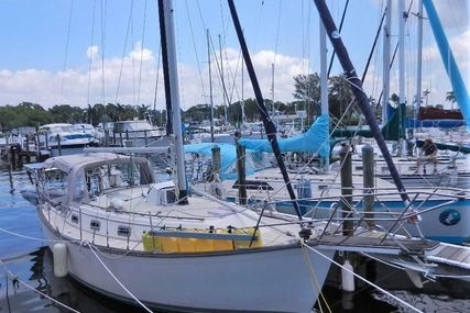 Island Packet for sale in United States of America for $39,500 (£28,406)
