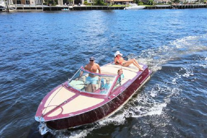 Riva 21 for sale in United States of America for $99,000 (£70,972)