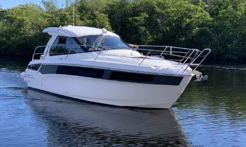Image of Bavaria Yachts Sport 360 Coupe for sale in United States of America for $269,000 (£194,737) Cape Coral, Florida, United States of America