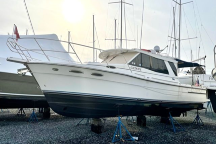 Cutwater 30 Sedan LE for sale in United States of America for $234,500 (£169,761)