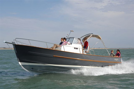Rhea Marine 750 open for sale in France for €147,900 (£126,150)