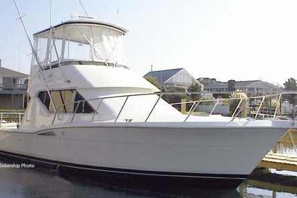 Hatteras 39 Convertible for sale in United States of America for $139,900 (£100,253)
