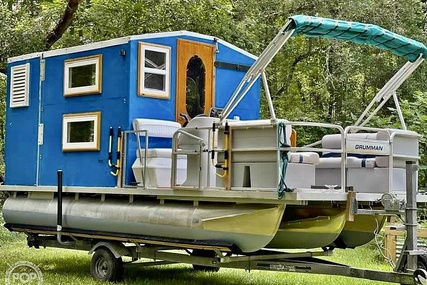 Custom Cabin Tritoon for sale in United States of America for $29,000 (£21,409)