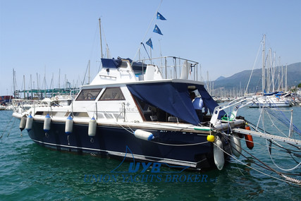 Jeanneau 3.8 for sale in Italy for €18,000 (£15,330)