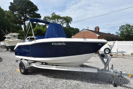 Robalo R180 for sale in United States of America for $44,900 (£32,614)