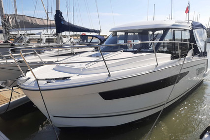 Jeanneau Merry Fisher 895 for sale in France for €129,000 (£110,383)