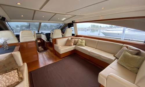 Image of Princess V70 for sale in United States of America for $889,000 (£641,003) Chicago, Illinois, United States of America