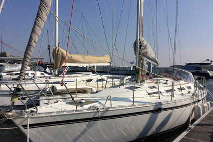 Dufour Yachts GIB SEA 442 for sale in France for €83,000 (£70,835)
