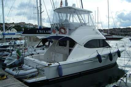 Riviera 37 Flybridge for sale in Italy for €215,000 (£182,909)