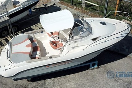 Quicksilver 650 Weekend for sale in Italy for €19,500 (£16,589)