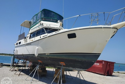 Carver Yachts 3607 Aft Cabin for sale in United States of America for $25,000 (£17,979)