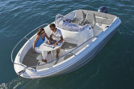Jeanneau Cap Camarat 5.5 CC - Series 2 for sale in United Kingdom for £36,700