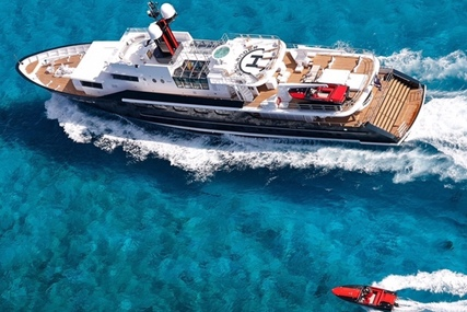 Feadship for sale in United States of America for $8,500,000 (£6,156,699)