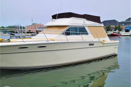 Sea Ray 355T Sedan for sale in United States of America for $27,995 (£20,374)