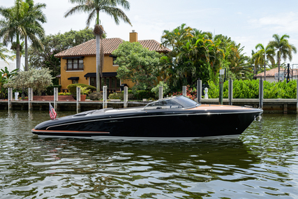 Riva ISEO for sale in United States of America for $349,000 (£257,652)