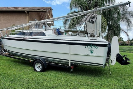 Macgregor 26X for sale in United States of America for $16,750 (£12,046)