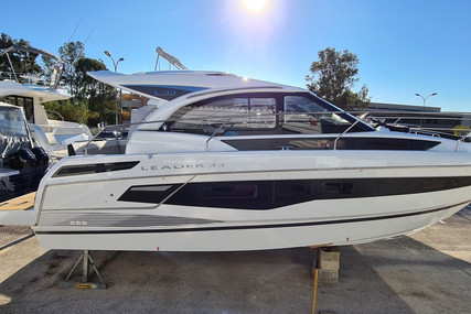 Jeanneau Leader 33 for sale in France for €359,000 (£307,189)