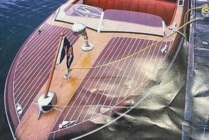Chris-Craft Riviera for sale in United States of America for $17,800 (£13,007)