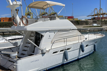 Beneteau Antares 13.80 for sale in Spain for €135,000 (£115,517)