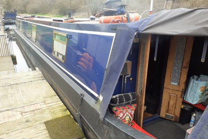 Colecraft 60ft Narrowboat called Wobbles for sale in United Kingdom for £37,995