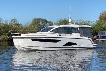 Sealine C330 for sale in United Kingdom for £219,950