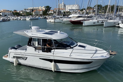 Jeanneau Merry Fisher 895 for sale in France for €149,800 (£128,181)