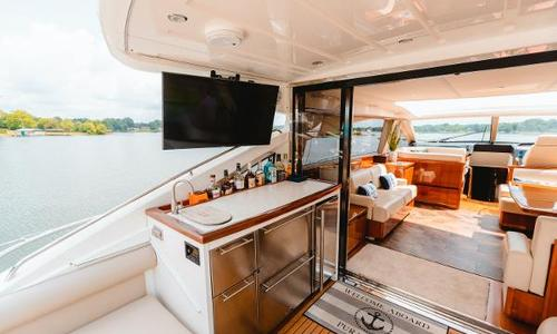 Image of Princess V65 for sale in United States of America for $915,000 (£675,506) Hendersonville, TN, United States of America