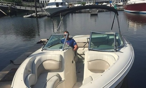 Image of Sea Ray 220 Bow Rider for sale in United States of America for $31,200 (£22,707) Milford, Connecticut, United States of America