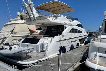 Fairline Squadron 65 4 Cabin Layout Gyro Stabilisation for sale in Portugal for £1,799,950