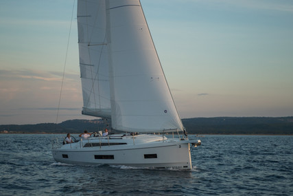 Beneteau Oceanis 40.1 for sale in Portugal for €189,000 (£159,397)