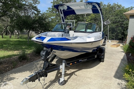 Sanger 212 SL Surf Series for sale in United States of America for $72,300 (£52,131)