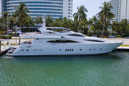Sunseeker 105 Yacht for sale in United States of America for $2,695,000 (£1,938,054)