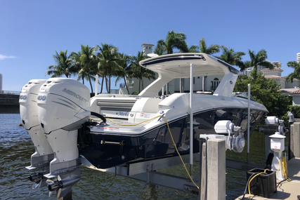 Sea Ray SLX 350 OB for sale in United States of America for $479,000 (£348,604)