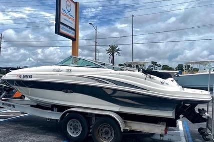 Sea Ray 220 Sundeck for sale in United States of America for $25,999 (£18,921)