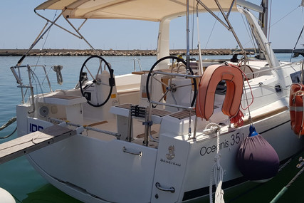 Beneteau Oceanis 35.1 for sale in Italy for €129,000 (£110,086)