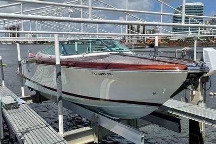 Riva 33 Aqua by Gucci for sale in United States of America for $499,000 (£358,864)