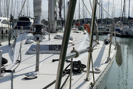 Jeanneau Sun Shine 38 for sale in France for €41,550 (£35,440)
