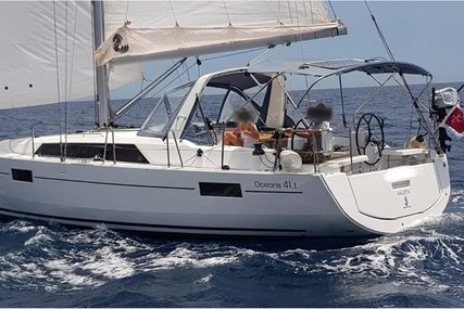 Beneteau Oceanis 41.1 for sale in Malta for €225,000 (£192,260)