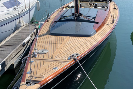 Latitude 46 for sale in France for €81,000 (£69,370)