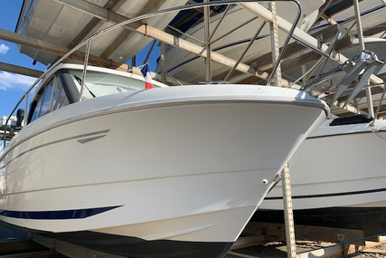Beneteau Antares 680 HB for sale in France for €29,000 (£24,684)