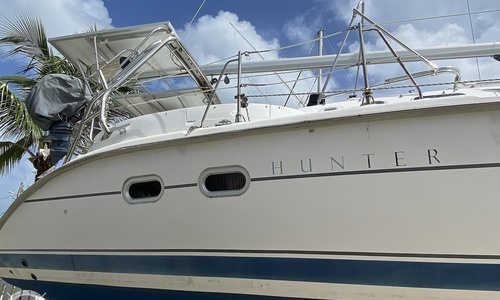 Image of Hunter 410 for sale in United States of America for $148,900 (£108,366) Marathon, Florida, United States of America