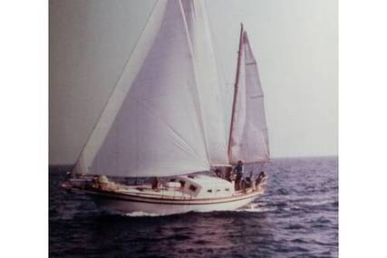 Endurance 35 for sale in Greece for €19,950 (£17,049)