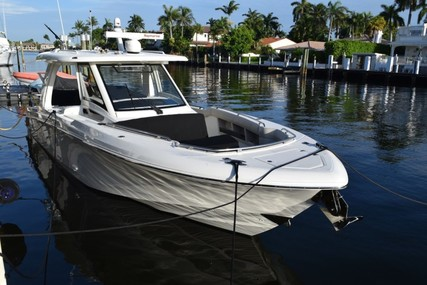 Boston Whaler 350 Realm for sale in United States of America for $695,000 (£505,804)