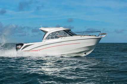 Beneteau Antares 7 OB for sale in Spain for €83,688 (£71,252)