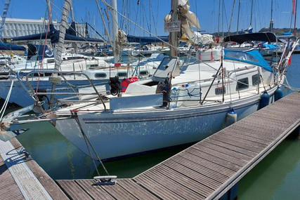 Fellowship 28 for sale in Portugal for €22,000 (£18,774)