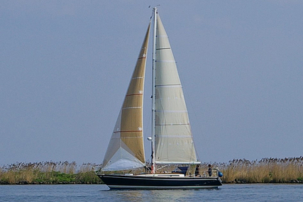 Huisman 37 for sale in Netherlands for €65,000 (£55,470)