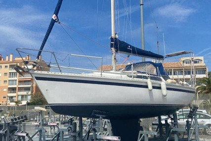 Dufour Yachts GIB SEA 84 for sale in France for €15,000 (£12,811)