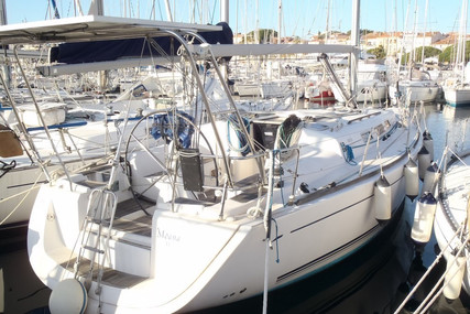 Dufour Yachts 40 for sale in France for €91,000 (£77,934)